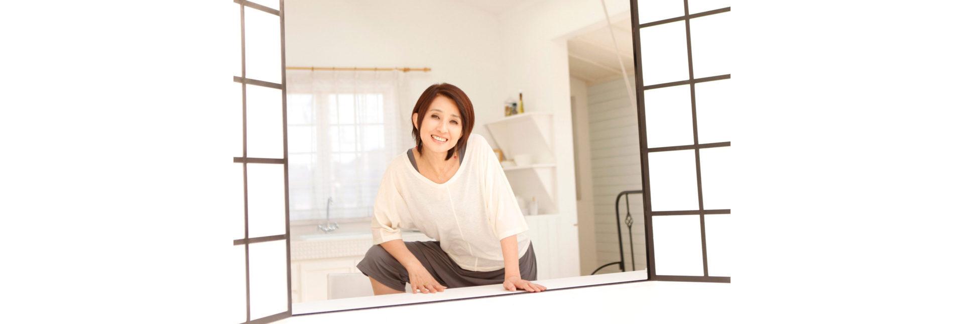 秋吉久美子オフシャルページ